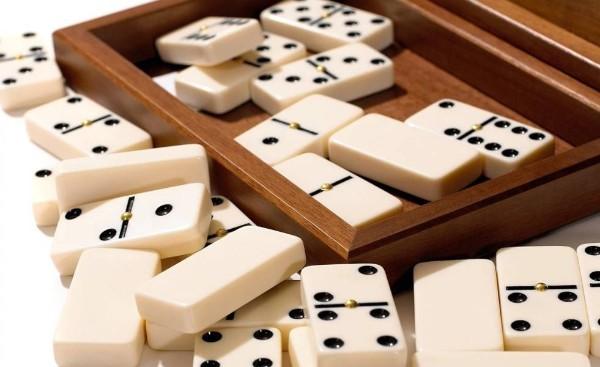Main Ceme Poker Online Uang Asli