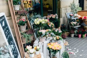 Factors to Consider When Choosing a Flower Shop
