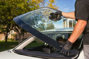 Important Things to Consider when Looking for an Auto Glass Repair Company
