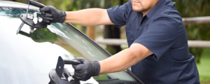 Learn How to Choose the Best Windshield Repair Services