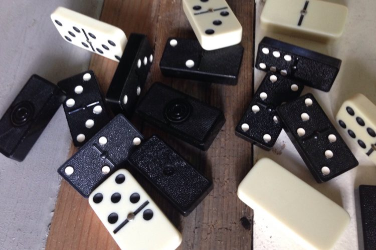 Pemain Perlu Tahu, Inilah Aturan Permainan Domino QQ Online Terpercaya
