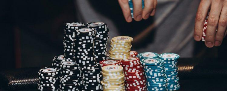 Streategi Six Poker Top Yang Digunakan Oleh Pemain Poker Professional