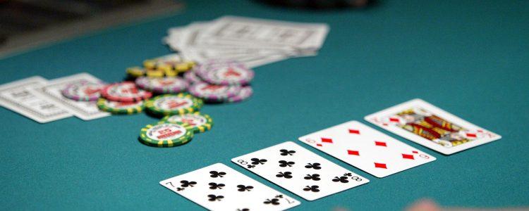 """Adalah dengan minat terbaik saya bahwa komunitas """"Prominence Poker"""" tumbuh."""