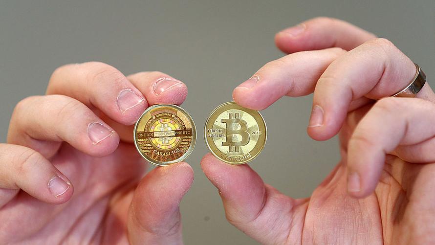 O Bitcoin cresceu mais de 400% no ano passado – o que está impedindo o mainstream?