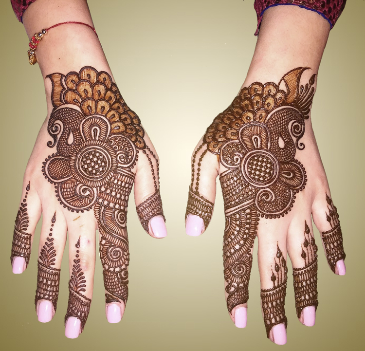 Your kid wishes to use her very own mehendi?